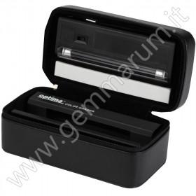 Portable box for diamond color grading UV lamp