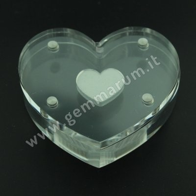 DISPLAY BOX WITH MAGNETIC SEAL